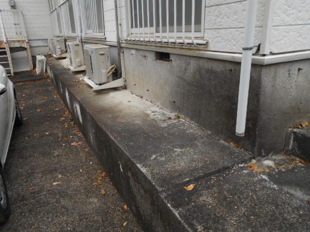 ホワイトウイング連光寺Ⅲ 103号室の駐車場