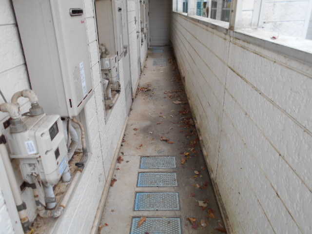 ホワイトウイング連光寺Ⅲ 103号室のロビー