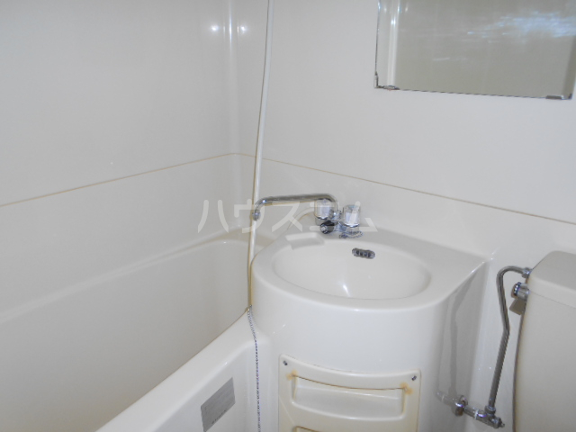サンクチュアリーフォレスト 402号室の風呂