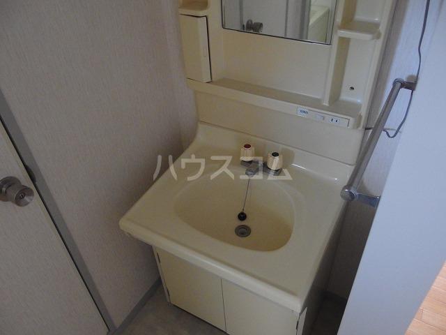 コーポアリセイ 202号室の洗面所