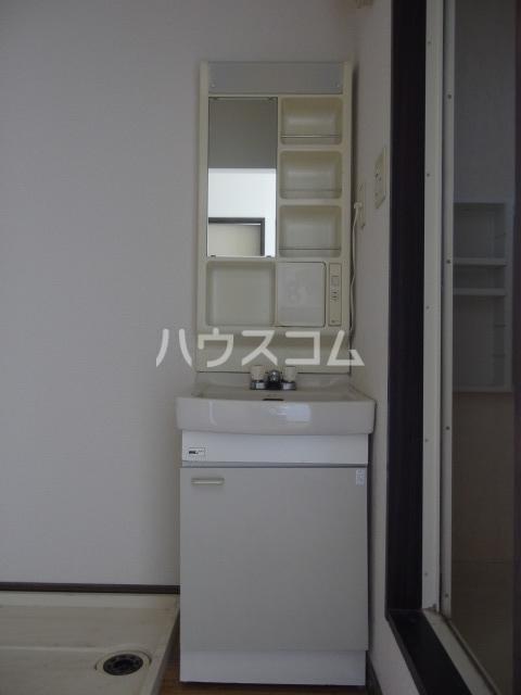 スパローハイムA 102号室の洗面所
