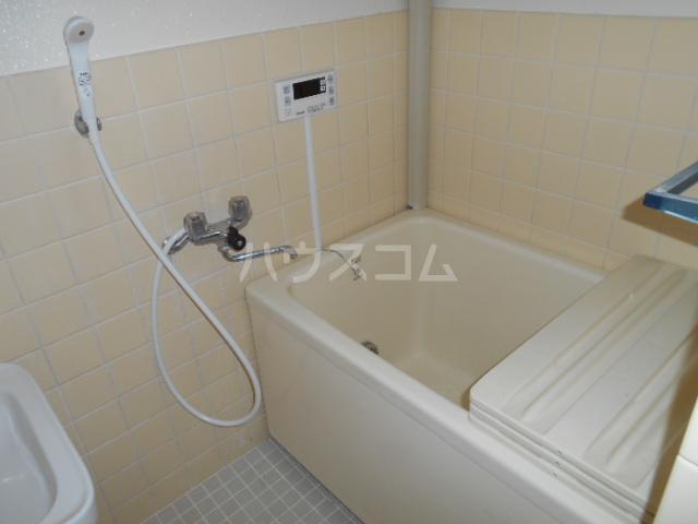 サンハイツ多摩 302号室の風呂
