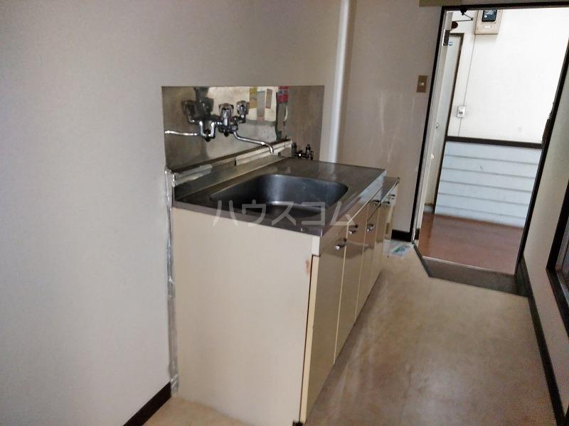 ハイム藤 202号室のキッチン