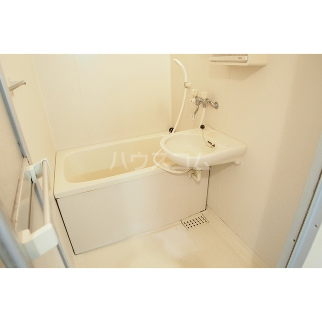 ル・マイーム27 204号室の風呂