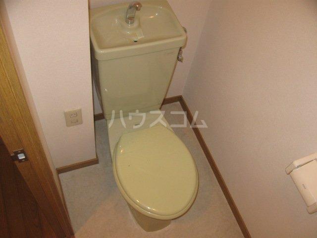 イマージュ池下 402号室のトイレ
