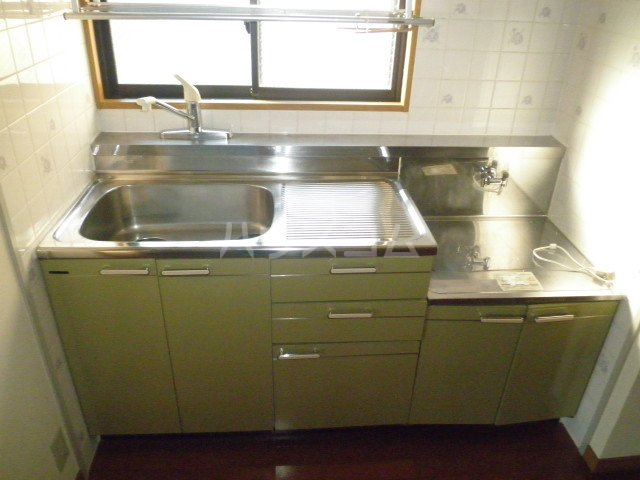 イマージュ池下 402号室のキッチン