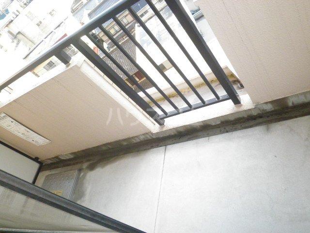 イマージュ池下 402号室のバルコニー
