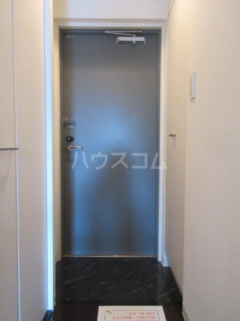 プロシード新栄 1107号室の玄関