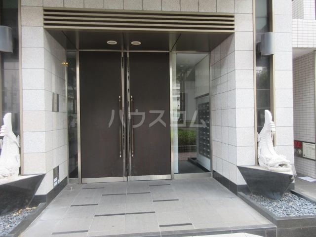 プロシード新栄 1107号室のエントランス