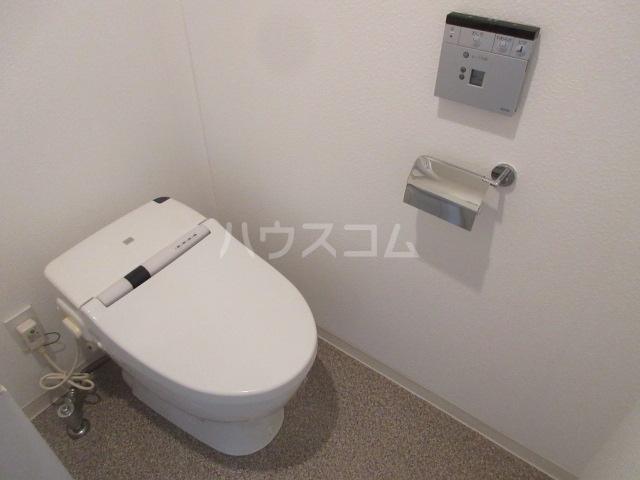 プロシード新栄 1107号室のトイレ