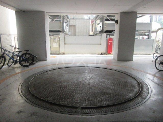 プロシード新栄 1107号室の駐車場