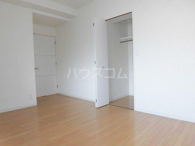 ピオーネ覚王山 203号室の収納