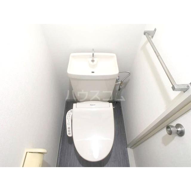 ファミール東松山 203号室のトイレ