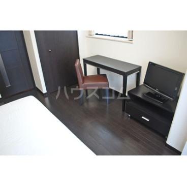 トーシンフェニックス初台弐番館 202号室の居室