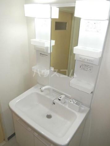 TOビル 504号室の洗面所
