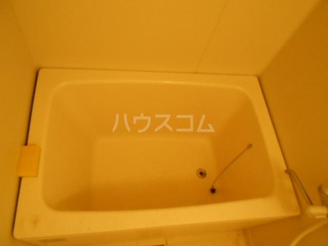 ユートピアハイム高野台 302号室の風呂