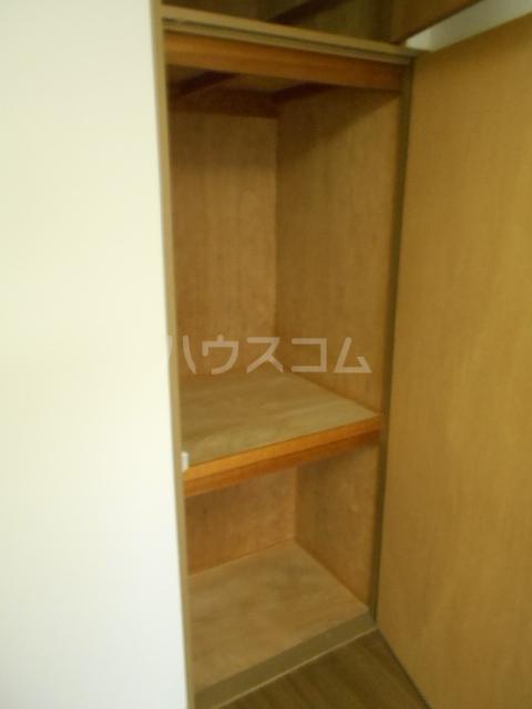 ユートピアハイム高野台 302号室の収納