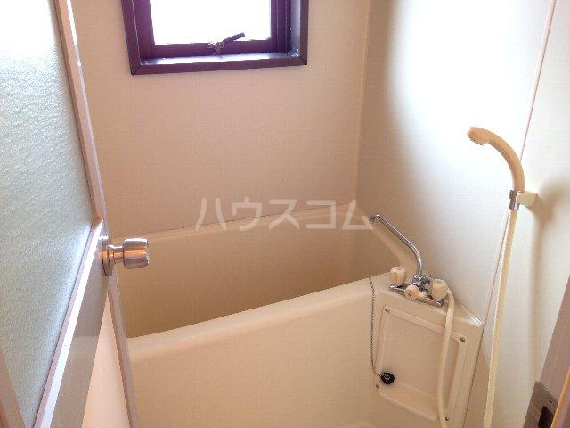 ベルメゾン大橋 402号室の風呂
