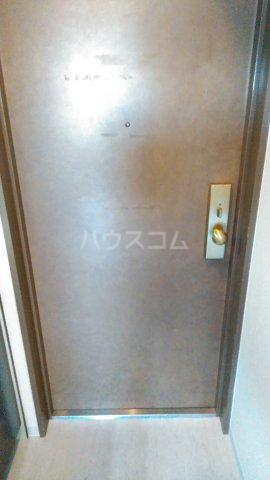 グランドハウスシャンティ 902号室の玄関