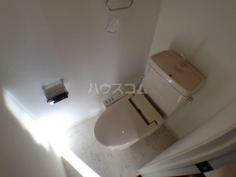 エクセレンシア駒込 401号室のトイレ