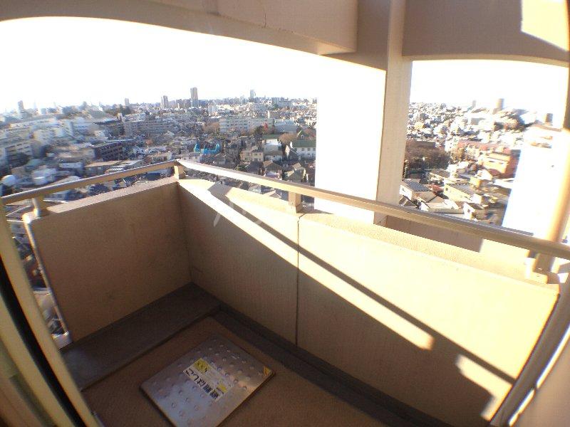 エクセレンシア駒込 401号室のバルコニー