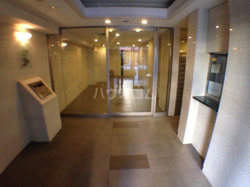エクセレンシア駒込 401号室のエントランス