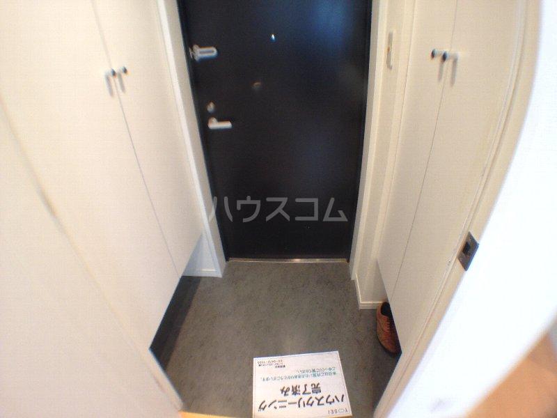 レニール本駒込 1004号室の玄関