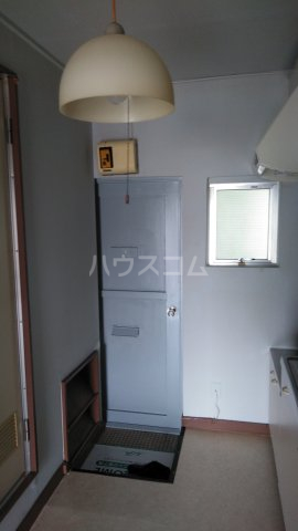 沖ハイツ 402号室の居室