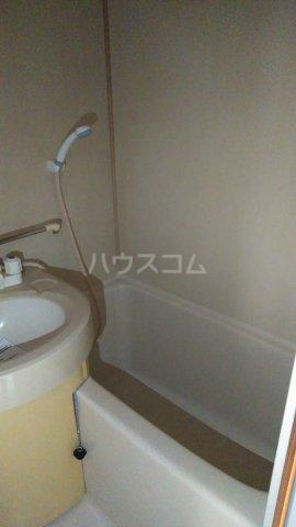 沖ハイツ 402号室の風呂