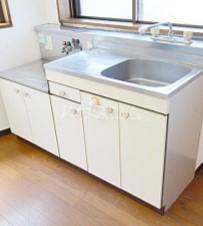 アントワーヌ駒込 305号室のキッチン