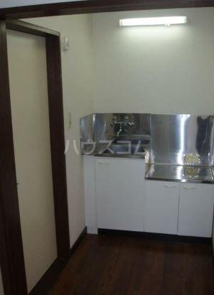 ヒルサイドハウス 101号室のキッチン