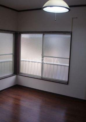 ヒルサイドハウス 101号室のベッドルーム