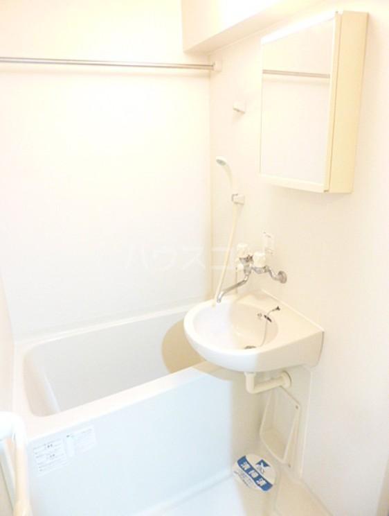 スカイコート池袋第7 605号室の風呂