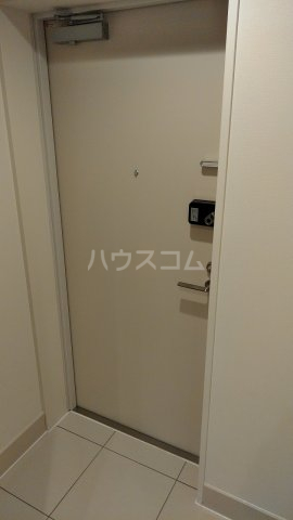 リアンシエルブルー田端 701号室の玄関
