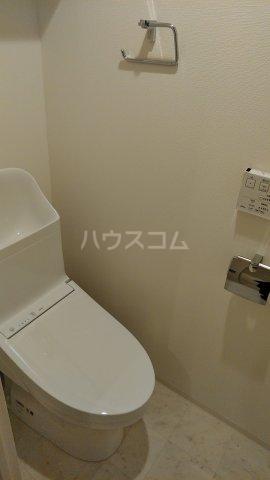 リアンシエルブルー田端 1102号室のトイレ