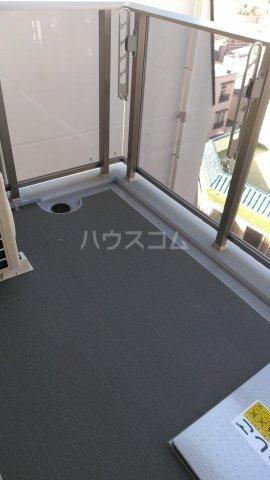 SYFORME KOMAGOME 203号室のバルコニー