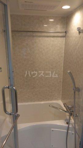 SYFORME KOMAGOME 301号室の風呂