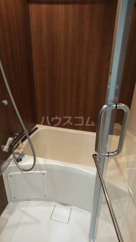 SYFORME KOMAGOME 802号室の風呂
