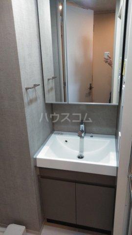SYFORME KOMAGOME 802号室の洗面所