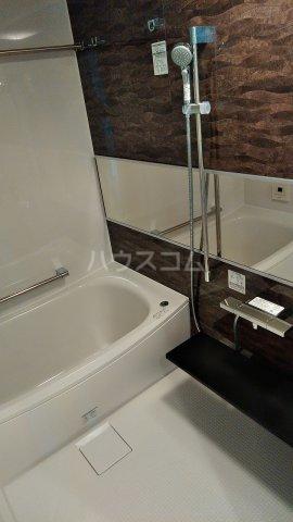 ザ・レジデンス駒込染井 207号室の風呂