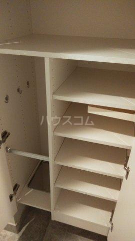 ザ・レジデンス駒込染井 302号室の収納