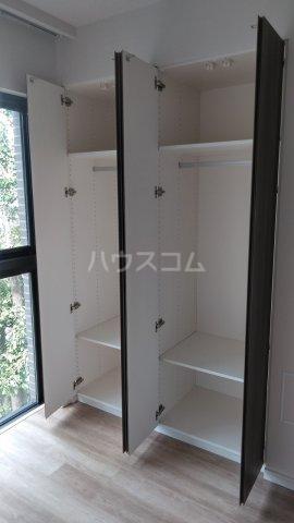 ザ・レジデンス駒込染井 401号室の収納