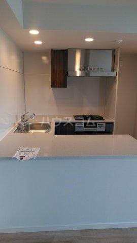 ザ・レジデンス駒込染井 401号室のキッチン