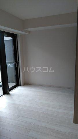 ザ・レジデンス駒込染井 502号室のリビング