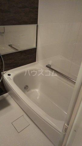 ザ・レジデンス駒込染井 502号室の風呂