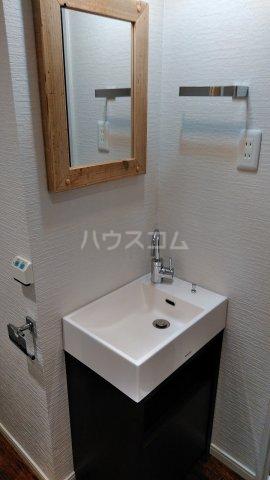 キャスバルクオーレ田端 402号室の洗面所