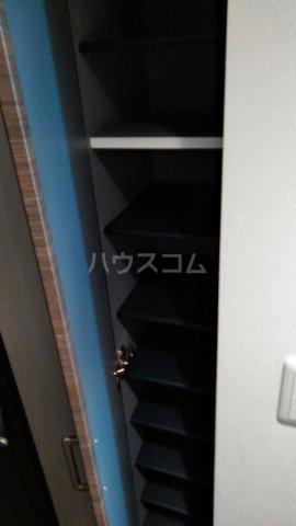 キャスバルクオーレ田端 402号室の収納