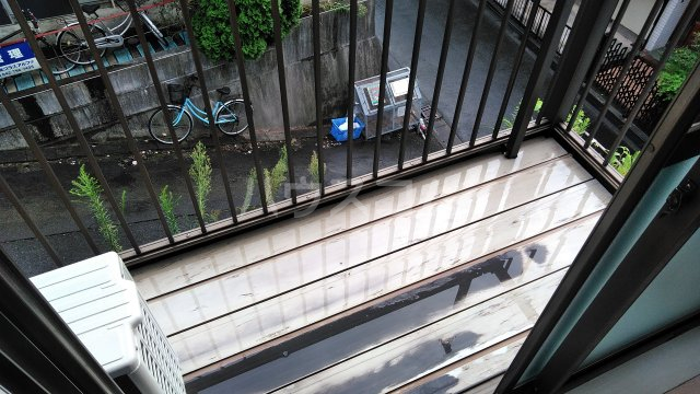 メゾン西生田 202号室のバルコニー