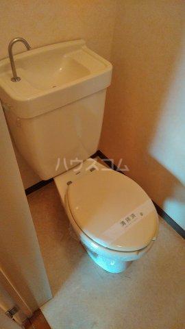 メゾン西生田 202号室のトイレ