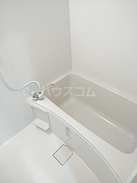 ブラウンハイツ 102号室の風呂